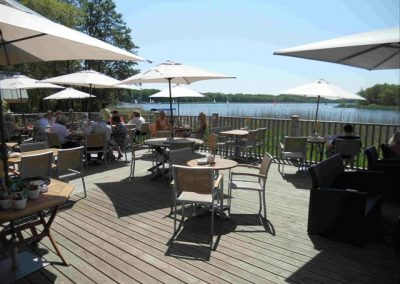 54d38f9ee214ae456cda25e1_the_waterside_patio_area